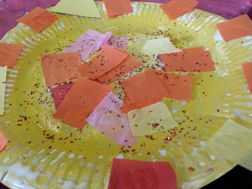 Paper plate sun craft