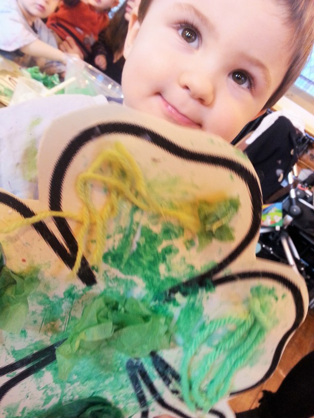 green themed toddler activity